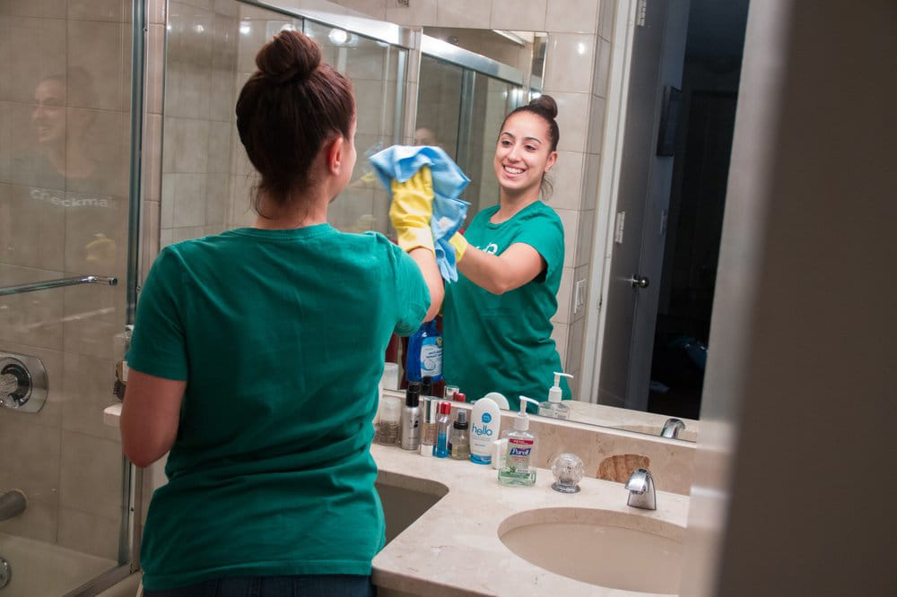 Check-Maid-Cleaning-Services