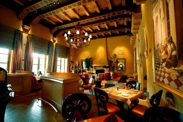 Hedley Club Lounge