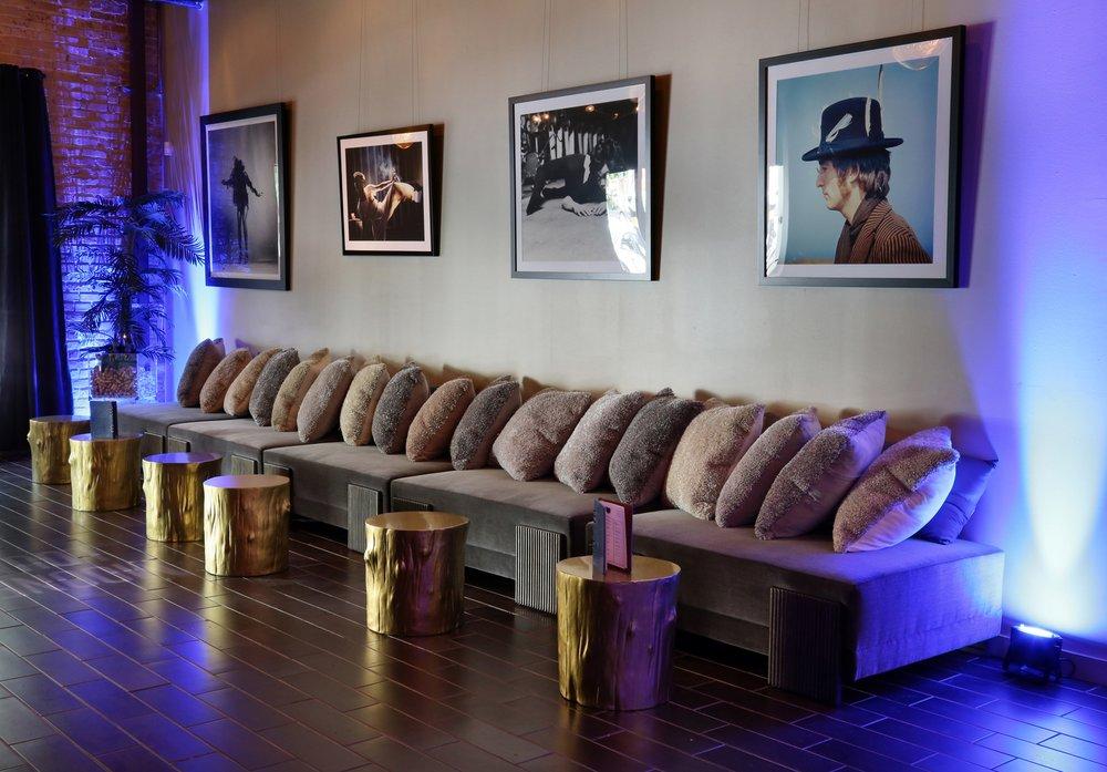 Moonfire-Lounge