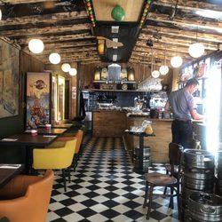 kiez-pub